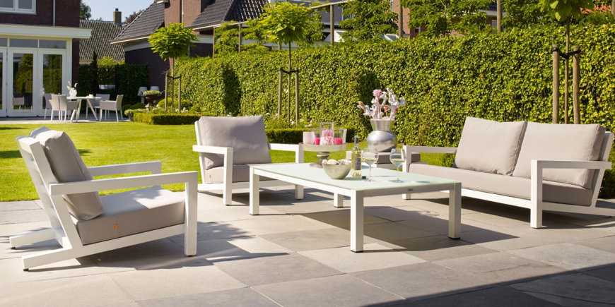 the traditional bear chair converts into a modern aluminium lounger which defines the block lounge set